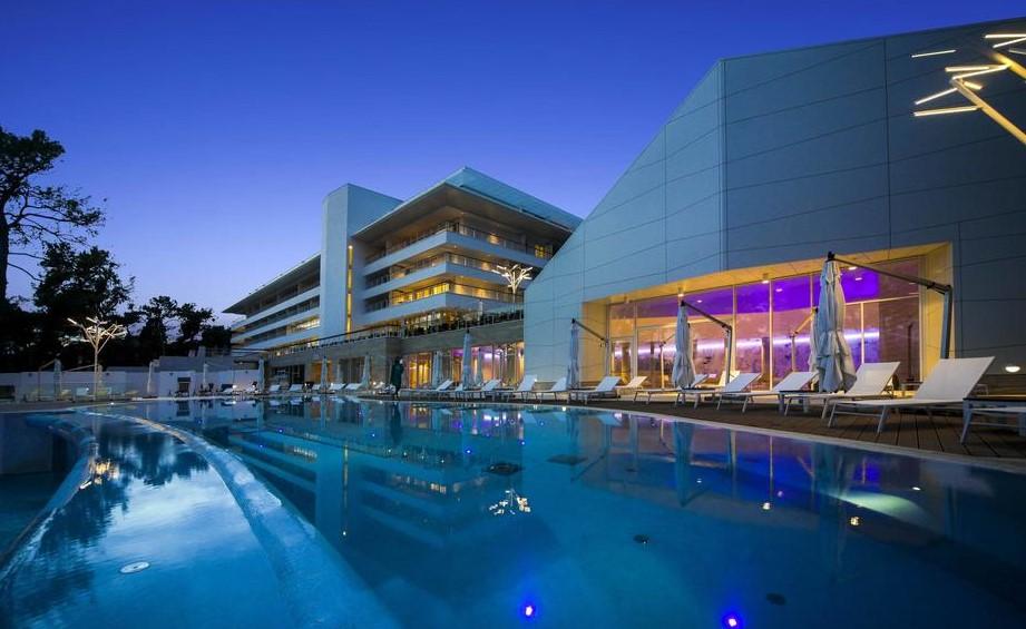 Hotel Bellevue 5*
